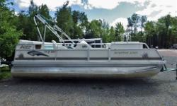 2002 Pontoon,, Yamaha 50hp motor! 20 foot ,, a steal at $9999.00 .. Call 506-383-1022 for details...