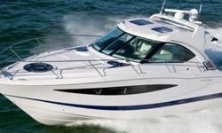 2014 Four Winns V435 The Vista Series Pull into any harbor with panache from the helm of your majestic Vista 435. Indulge your wanderlust too: This 43-foot yacht is thoroughly well-appointed - from a trio of TVs and a Bose® sound system to posh sleeping
