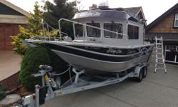2011 25' ThunderJet Offshore aluminum boat, full cabin Less than 100 hours on boat and motors. 1 Suzuki 300 outboard 1 Suzuki 9.9 trolling motor Extra deep sides and progressive deep V hull, reverse chine Self bailing deck 2 35 gal fish storage in deck