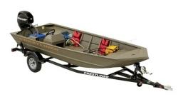 "Colors, Exterior & Interior Olive Drab Construction 1-1/4"" strakes All-welded aluminum floor, decks, and transom Cross and side rib construction Extruded extra strength ribs Lock Track extruded gunnels Mod-V 3.5° deadrise Over-sized center keel"