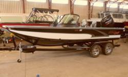 2015 Alumacraft 195 Tournment on Sale at Marsh's Marina (705) 538 2285 - 1.5 hours north of Toronto in Waubaushene. Come visit us in our 16,000 square foot show room. This 2015 Alumacraft 195 Tournament is a great fishing boat wth loads of usable space
