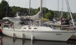CS 33 (1984) Rare Limited Edition- Rear Quarter Berth with full Fin Keel (5?9?). A great cruiser/racer with classic lines and rugged durability. She is fast and reliable and a pleasure to sail. Sleeps 6. This boat has everything you need for cruising or