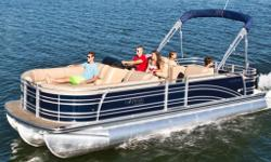 All of life can be art if you approach it with your own unique style and grace. And this is true of connecting with loved ones, making memories and pursuing new passions together. A luxury pontoon quickly becomes the center around which your family life