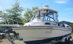 Exceptionally clean 22 Grady. Price includes tandem galvanized Shorelandr trailer
