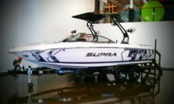 VENDU !! Supra Sunsport 22V 2012, Moteur INdmar 5.7L 330hp, water strainer, Acme prop, Miroir, Chauffage, Swimplate de surf, wakeplate hydaulique, Ballasts, Zero-Off GPS Speed Control, Carte marine Canada, Docking lights, Bow filler cushion, S-Bend Tower