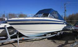 Includes: Dual battery, swim platform, fish finder, VHF radio, tilt, capt. bucket seat, camper top, rear sun pad Specifications Length Overall (LOA): 276 Features