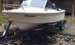 This boat is high quality that will be perfect for landlocked lakes and big river boating. It has had only one owner that was sure to take care of her every year with regular maintenance and updates along the way. Great for the muskokas and Kawartha lakes