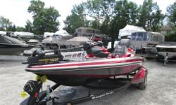 Autres Options Mercury 200 Optimax Pro XS Minn Kota Fortrex 80Lb. Remorque Ranger Dual Console Touring package Foot throttle Merc, Gauges Setback, hyd, 8'' Thmarine, Oil fill, merc, Z-Elite Gauge Trim lever cntrol Dual, Hydr. Steering Humm 998CSI BKMNT