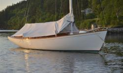 "LOA - 24'0"" DWL - 18'8"" Beam 7'6"" Draft 3'5"" Disp.- 3944lbs Lead - 2100lbs. This Bridges Point 24 fractional sloop-rigged sailboat is quick, easy to sail, safe, and spirited. The daysailer can be comfortably sailed single-handedly, or is ideal for a"