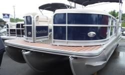 26 FEET LONG! 115HP YAMAHA TRIPLE PONTOON RAIL STRIPE PACKAGE FULL TEAK UPGRADED VINYL FLOOR 28 OZ SNAP IN-OUT CARPET PRIVACY CHANGE ROOM AND PORTI-POTTI STAINLESS SKI BAR HUMMING BIRD GPS AND FISH FINDER LED COURTESY FLOOR LIGHTS HIGH BACK CAPTAINS CHAIR