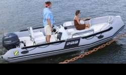 Bayrunner 550 Great for day cruising! For sport cruising with a small footprint, the Zodiac Bayrunner is your perfect choice. The Bayrunner has seating for four adults, offers plenty of storage, includes a large under seat cooler, a sports steering