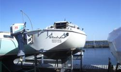 Sails - Main, 150% Genoa, 115% Genoa, Storm jib, Spinnaker Foresail furler Mrine radio, compass, windex, swim ladder, anchor, 2-burner alchol stove, battery, alternator Interior vinyl cushions New trailer, twin axle, hydraulic brakes Location -