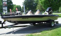 Must see 2008 Procraft barely used, been in dry storage mint condition an excellent find !! Mercury 200 Optimax direct injection stainless steel prop, ob. Trim at command centre also trim at motor for easy loading. Electric Motorguide with foot controls