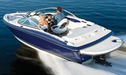 The 184FS might be the smallest boat in the Monterey line up, but size is only a measurement.   The 7?8? beam makes for a spacious cockpit and comfortable ride. This exciting model comes standard with an extended swim platform and an air assist chine