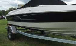 2015 Bayliner 185 BowriderBayliner's BIG DEAL Promotion! Right in time for the boat show, Bayliner is offering rebates on all new boats. These rebates alongside George's low boat show pricing make it the perfect time to buy! Save an additional $1500 on