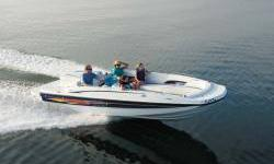 Wet swimmers won't need to step on the cushions because of the clever walkthrough design from the transom and from the bow platform.Wet swimmers won't need to step on the cushions because of the clever walkthrough design from the transom and from the bow