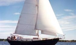 This boat is one of the most succesfull design by Ted Brewer. It was built by Metanav, a shipbuilder in l?Assomption (Quebec), specialized in metal boat. Tirelou has a round bilge steel hull and all steel deck and cabin with great care taken on small