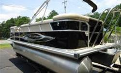 Mirage pontoons offer the spacious comfort you're looking for and industry-leading quality you can count on. From changing rooms to storage space, It?s all about creating great pontoon experiences for every budget. LE PACKAGE,prerigging pont, standard