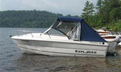 552i Sport Cabin Excellent Great Lakes Salmon fishing machine! Heavy-duty rub rail with stainless steel inserts Raw water washdown system Aerated Live well Aerated live bait tank Dual battery switch Porta Potti Heavy duty wiper (starboard) Fishfinder with