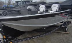 Buy our Instock 2014 Starcraft 160 Explorer SC (Side Console) - and recieve absolutely Free - Minn Kota Trolling Motor and Humminbird Fishfinder - Only at Marsh's Marina (705) 538 2285 / www.marshsmarina.com -This is a fantastic side console option that