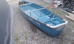 Coleman 15 FT Square Stern Canoe. Flotation front and back, 2 seats. Very stable watercraft. Includes 2 paddles and 1 anchor. Gently used.