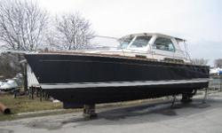 Very rare opportunity to own a true premium quality pre-owned Sabre Yacht.This freshwater 34 Hardtop Express was sold new by Crate's and has always been serviced by Crate's.Yanmar 380's, Sabre hard enclosure and bow thruster sets this Sabre above many