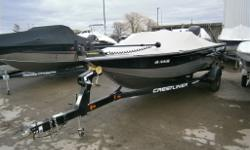 Beautiful fishing boat with tons of stink with a 150 Optimax for power - Fish finder, trolling motor and mooring cover