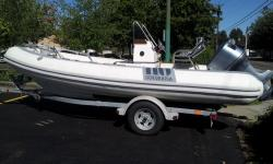 Amazing price for a 530! This 1997 is equipped with a powerful Yamaha 115 outboard with stainless steel propeller and hydraulic steering. This boat is ideal for someone who wants the speed and incredible ride of a 530 without the cost. Go FAST! The tubes