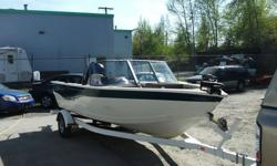 Aluminum 17' bow rider, 2005 90HP Mercury 4 stroke outboard, electric kicker motor, fish finder, stereo, fully loaded! Call today for more details 1-888-779-8173