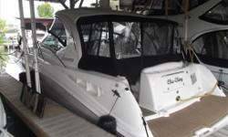 Here is a true sign of pride of ownership. This 2007 40? Sear Ray Sundancer is one of the cleanest on the market. Powered by Twin Mercruiser Horizon VD-8.1 HO 420 hp and only 185 hours. It?s loaded as well! Heat/AC, Radar, GPS, autopilot, bow thruster, TV