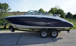 *** 2012 YAMAHA SX210 WITH TANDEM TRAILER INCLUDED - NO EXTRA FEES FOR FREIGHT, PDI, ETC - PRICE IS ALL INCLUSIVE + HST *** THIS YAMAHA IS BEST IS CLASS FOR VALUE, PERFORMANCE AND FEATURES COMING STANDARD WITH A BIMINI TOP, SNAP IN MARINE GRADE CARPET,