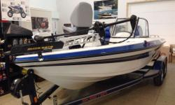 BRAND NEW NON CURRENT, NEVER USED, 2012 SKEETER WX1900 COMPLETE PACKAGE WITH CUSTOM PAINTED TRAILER, SPARE TIRE. TROLLING MOTOR, LIVE WELLS, FISH FINDER, OXYMAX SYS SELF CLEANING, SKI PYLON, OPTIONAL HAND RAILS, BOARDING LADDER...AND MORE! BOAT AND
