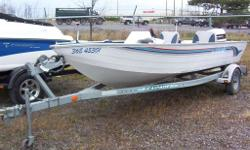 NEW PRICE...1990 LOWE V17 SIDE CONSOLE PKG.$4995.00 HERE IS A GOOD END OF SEASON DEAL,1990 LOWE V17 SIDE CONSOLE FISHING BOAT, COMES WITH A 1990 JOHNSON 90HP VRO,EZ-LOADER TRAILER AND TROLLING MOTOR. BOAT IN OVER ALL GOOD CONDITION WITH NEWER CARPET.