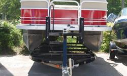 SALE PRICE G3 V20C SUNCATCHER 2-U- LOG PONTOON. 70 HP YAMAHA OUTBOARD. VINYL FLOORS WITH FRONT AND REAR SNAPS. BIMINI TOP. FULL MOORING COVER. TRAILER.